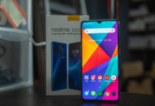 Realme-X2-Pro-Screen-on-in-front-of-box-android-10-5g-qualcomm