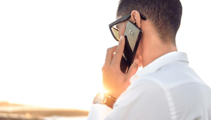 spia smartphone intercettato