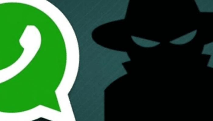 Risultati immagini per whatsapp rischio