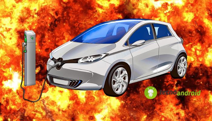 auto-elettriche-esplosione