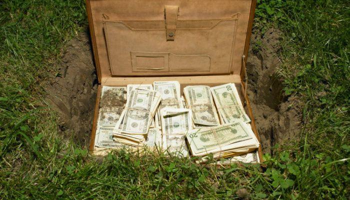 soldi sotto terra