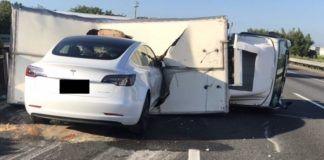 Tesla Autopilot incidente Taiwan