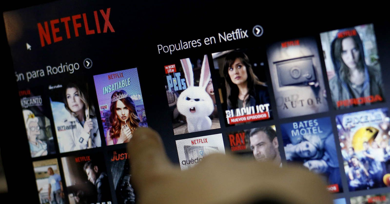 Netflix-elite-riverdale-black-mirror