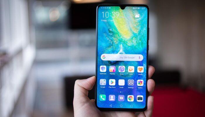 Huawei: HarmonyOS o Android, nel frattempo arriva la EMUI 11