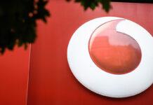 Vodafone offre le sue nuove promozioni fino a 50GB contro Iliad e TIM