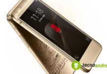 smartphone-da-collezione-samsung-w2018-design-a-conchiglia